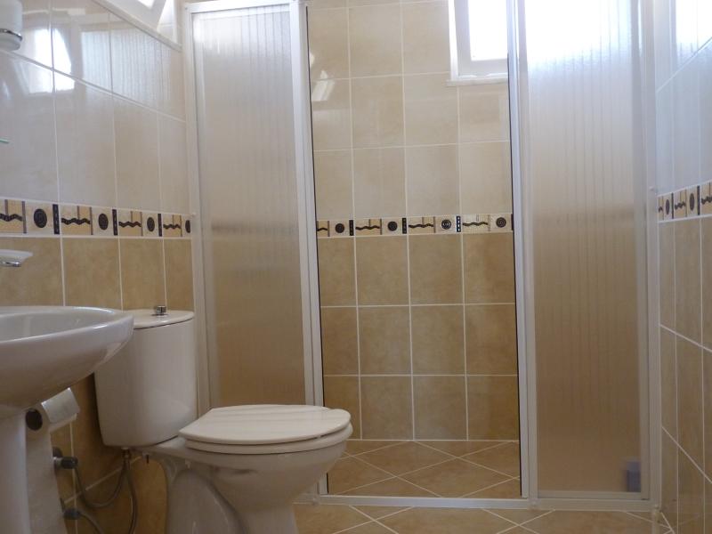Van Boven Badkamers : Badkamer boven tvv turkse vakantievillaturkse vakantievilla